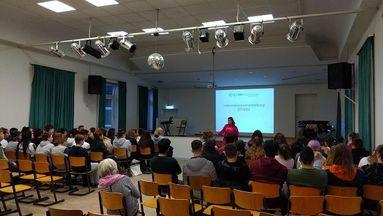 Die Berufsbildenden Schulen Wilhelmshaven zu Gast in der OBS Mitte
